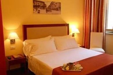 Hotel Minerva, Италия, Милан