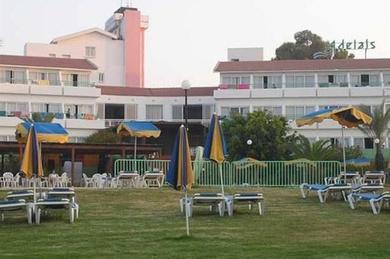 Adelais Bay, Кипр, Ларнака
