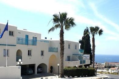 Sunny Hill Hotel Apartments, Кипр, Пафос